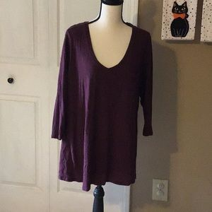 Burgundy 3/4 sleeve shirt 22/24